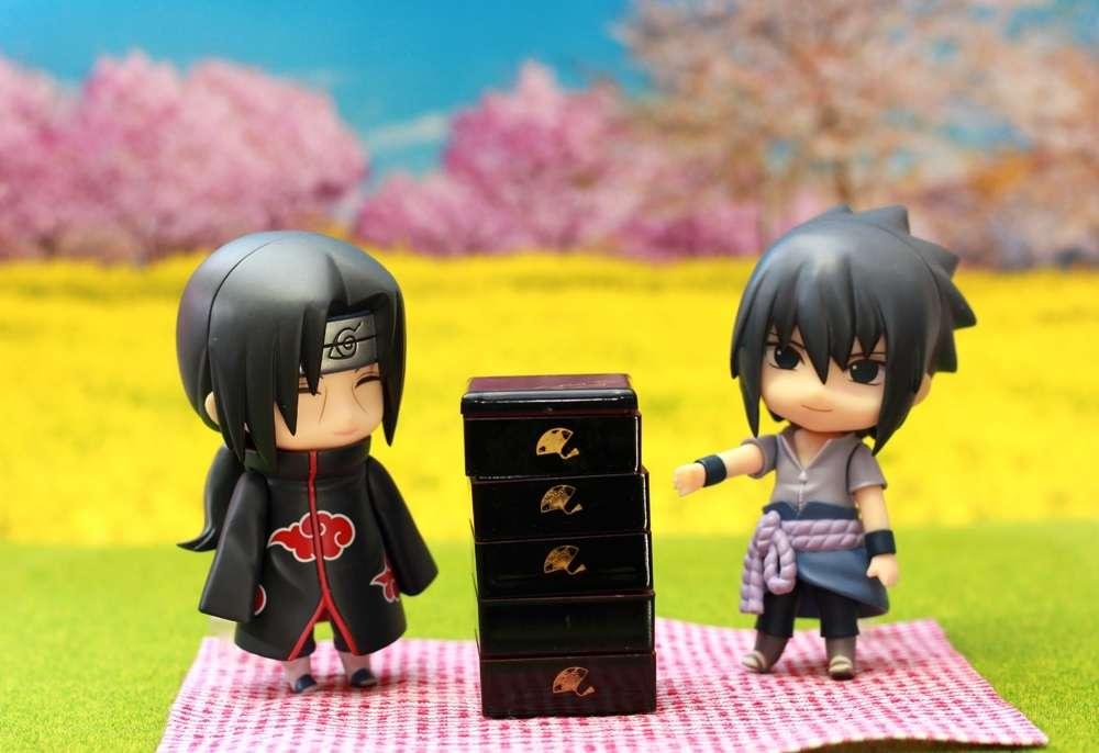 Itachi y Sasuke van de picnic. rompecabezas en línea