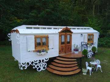 Construction trailer as a garden house or for living - Construction trailer as a garden house or for living