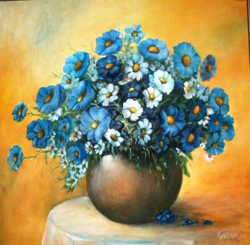 Vase à fleurs peint avec des fleurs bleues