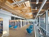 w bibliotece - nowoczesne wnętrze biblioteki