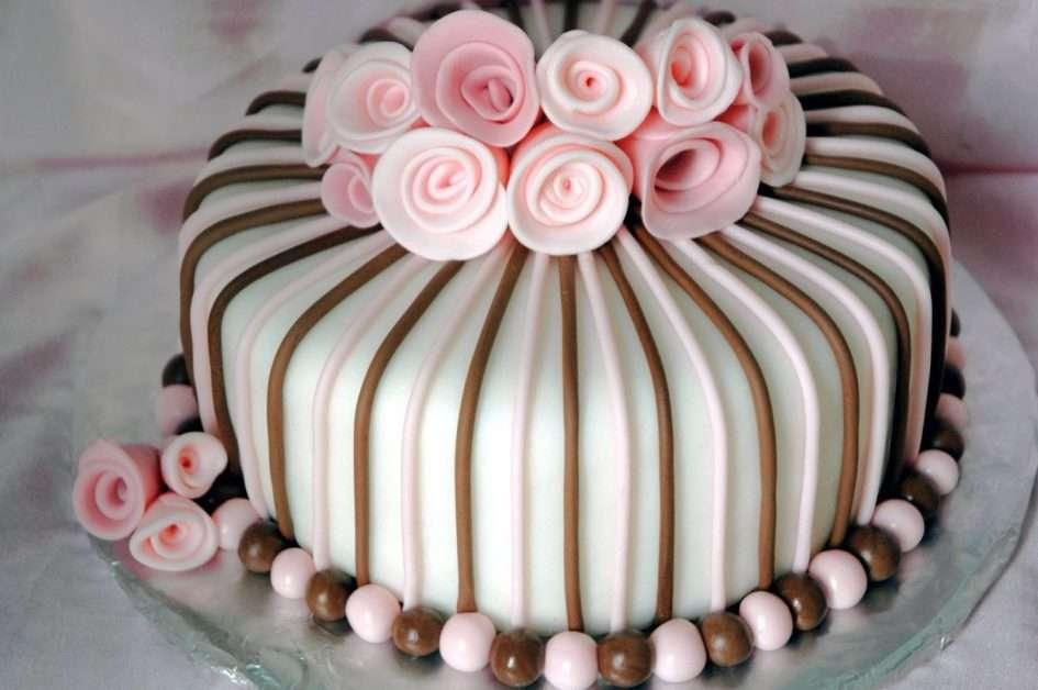 Κέικ πάρτι - Νόστιμο κέικ για να το απολαύσετε (13×9)
