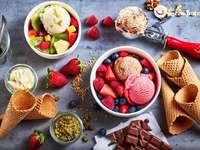 Eisdessert - Bereiten Sie hausgemachtes Eis