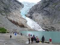 Un voyage au glacier - M ........................