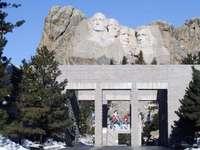 Monte Rushmore - Mount-Rushmore e Avenue of Flags