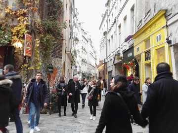 PAŘÍŽ - LE MARAIS - PAŘÍŽ - ULICE V LE MARAIS