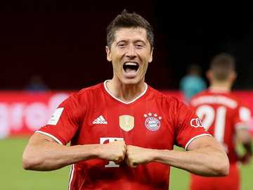 Robert Lewandowski - M ...........................