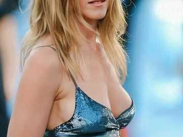 Jennifer Aniston - Comedii americane active