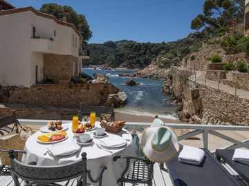 Frühstück auf der Terrasse - Frühstück auf der Terrasse