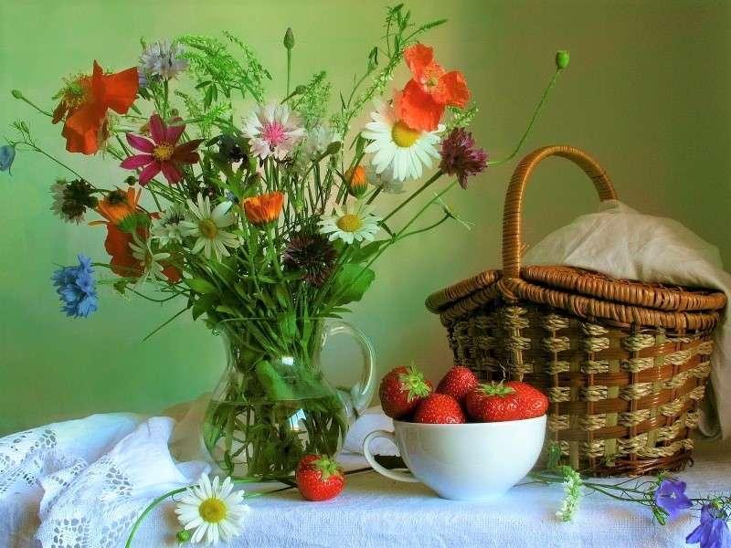 Virágcsokor, kosár - Egy csokor virág, egy kosár és egy tál (10×8)