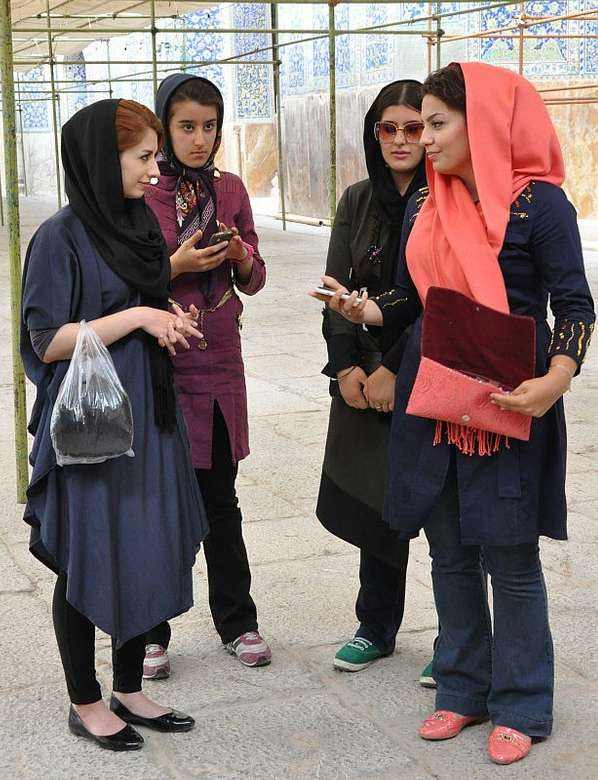 Mujeres iraníes - m (8×11)