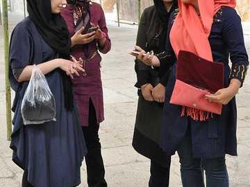 Iraanse vrouwen - m ............................