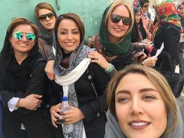 Mulheres iranianas - m ...................