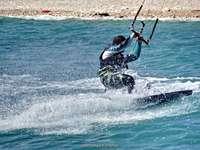 surfování ...