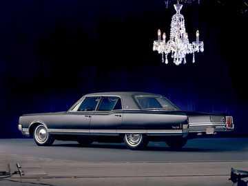 1965 Oldsmobile 98 - Ceci est une photo d'une voiture.