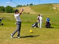 playing golf - m ......................