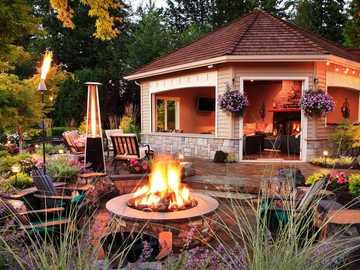 Bonfire in the garden - Make a fire in the garden