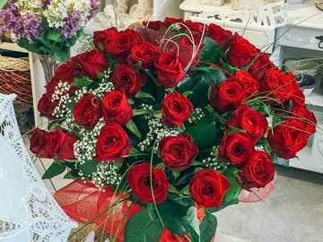 bouquet di rose rosse - m .......................