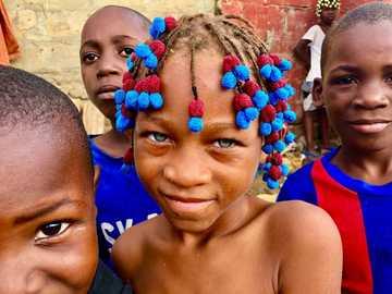 barn i angola - m .......................