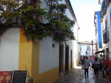 Обидос .. - Малък град в Португалия