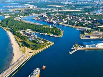 port de Gdansk - m ........................
