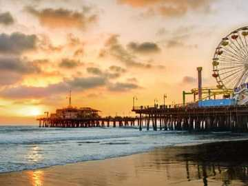 Santa Monica Pier - Santa Monica Pier in California
