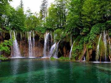 waterval in Kroatië - m ...................