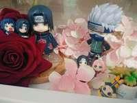 Itachi y Kakashi - Itachi y Kakashi frente a hermosas flores.