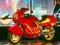 1987 BMW K1 - Toto je fotka motorky.