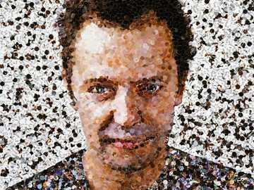 Vikmuniz - portrait d'artiste avec des objets recyclables