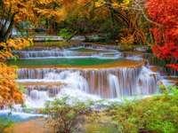waterfall - m ........................