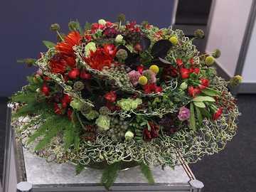 Blumenstrauß-Floristik - m ........................