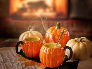 Sopa de abóbora - Não há nada melhor para um jantar de outono do que sopa de abóbora! Perfeito para o Halloween!