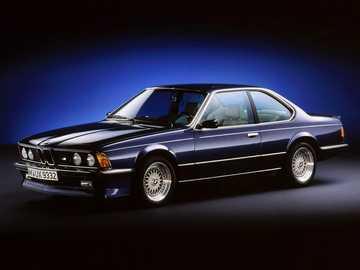 BMW M635CSi del 1984 - Questa è una foto di un'auto.