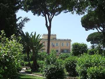 Villa Celimontana con jardín en Roma - Villa Celimontana con jardín en Roma
