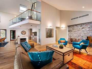 australisk inredning av ett modernt hem