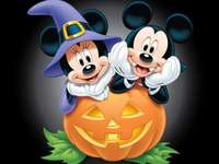 Halloween de Minnie e Mickey Mouse