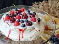Red fruit dessert - Red fruit tart dessert