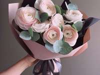 Give flowers - Give a bouquet of flowers