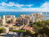 Malaga Spanyolországban - a tenger mellett - m ......................