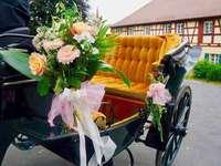 Carruagem de casamento decorada - Carruagem de casamento decorada