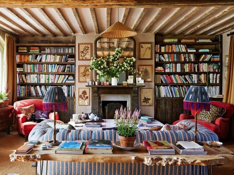 Habitación con libros - Salón de libros, Chimenea (10×8)