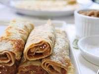 Pancakes - Pancakes filled with dulce de leche.