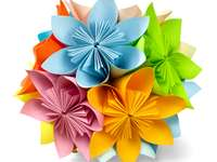 arte de dobrar papel, originária da China - m ..........................
