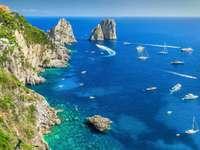 Capri-sziget a Nápolyi-öbölben, Olaszország