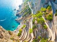 Ostrov Capri v Neapolském zálivu Itálie - Ostrov Capri v Neapolském zálivu Itálie