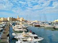 Kikötőváros Puglia, Olaszország - Kikötőváros Puglia, Olaszország