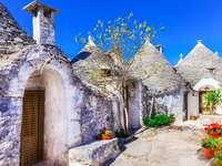 Alberobello Traditional trulli houses in Puglia - Alberobello Traditional trulli houses in Puglia
