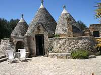 Case tradiționale de trulli din Puglia - Case tradiționale de trulli din Puglia