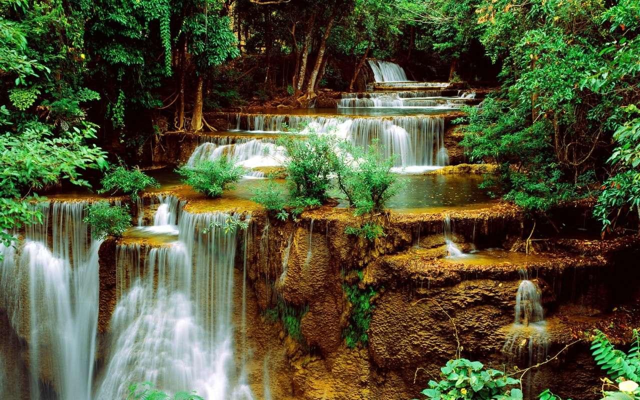 водопад - скрит зелен водопад (11×7)