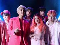 BTS & Halsey - Boy With Luv.